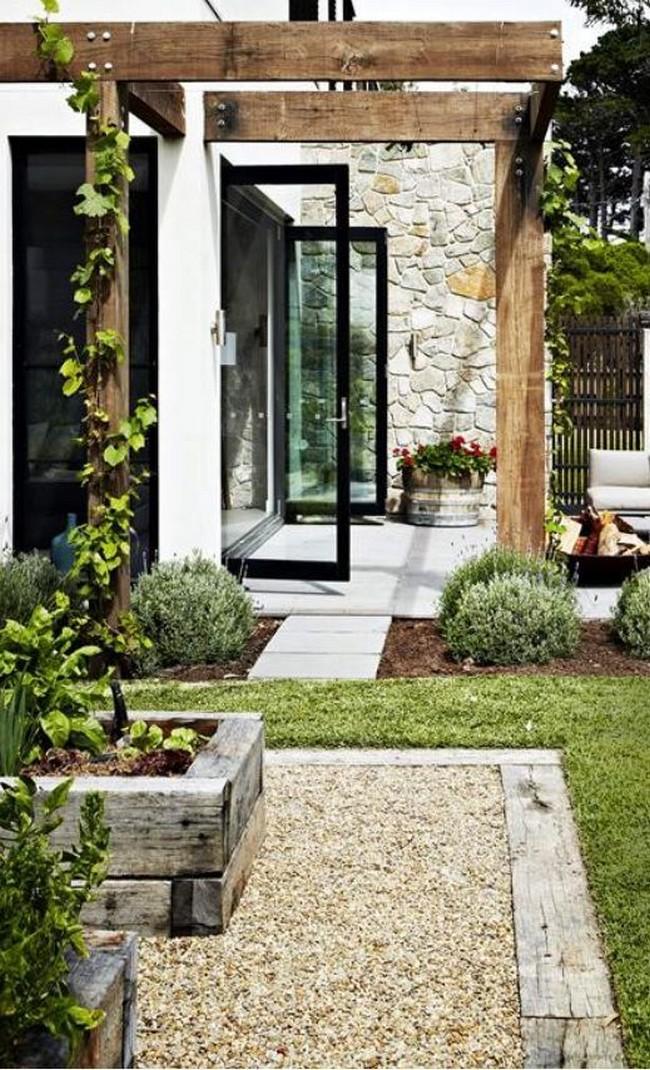 дизайн пергола перед входом в дом