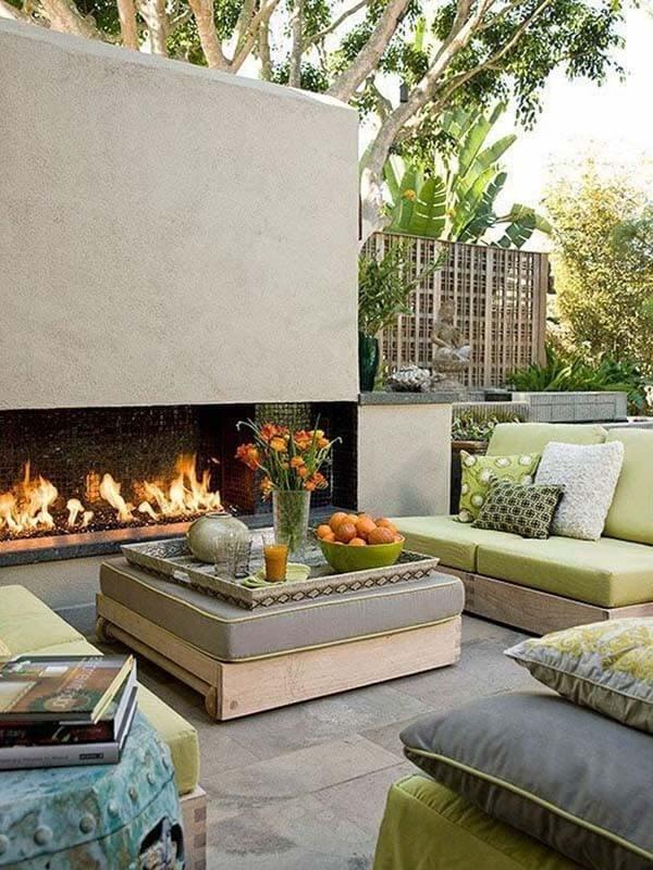 летний садовый камин