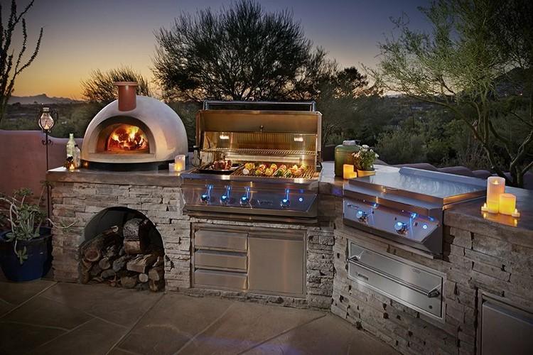 летняя кухня с барбекю мангалом