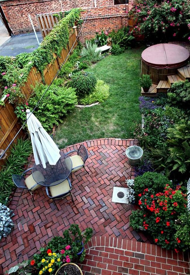 обустройство двора небольшого участка