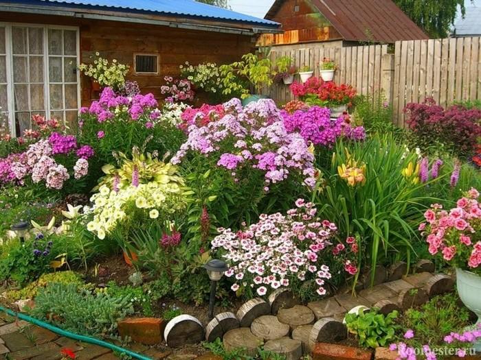 ландшафт двора загородного дома