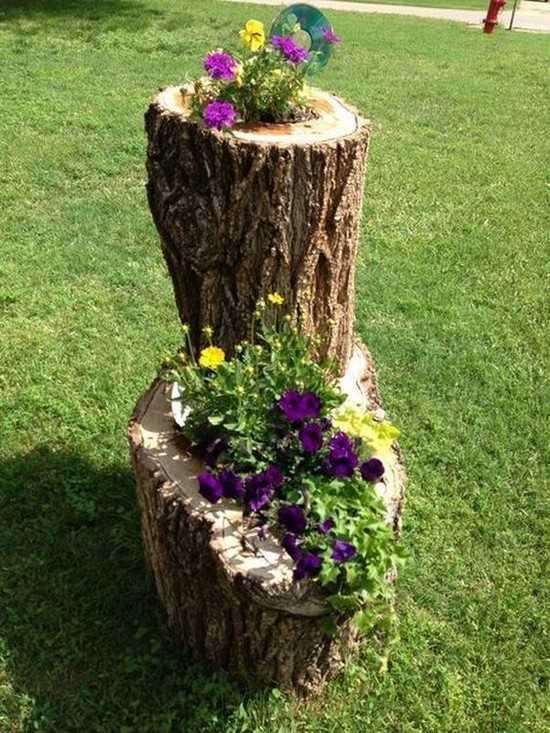 украшение сада деревянными изделиями