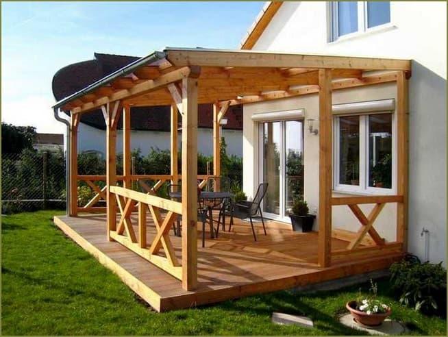 терраса из дерева пристроенная к частному дому