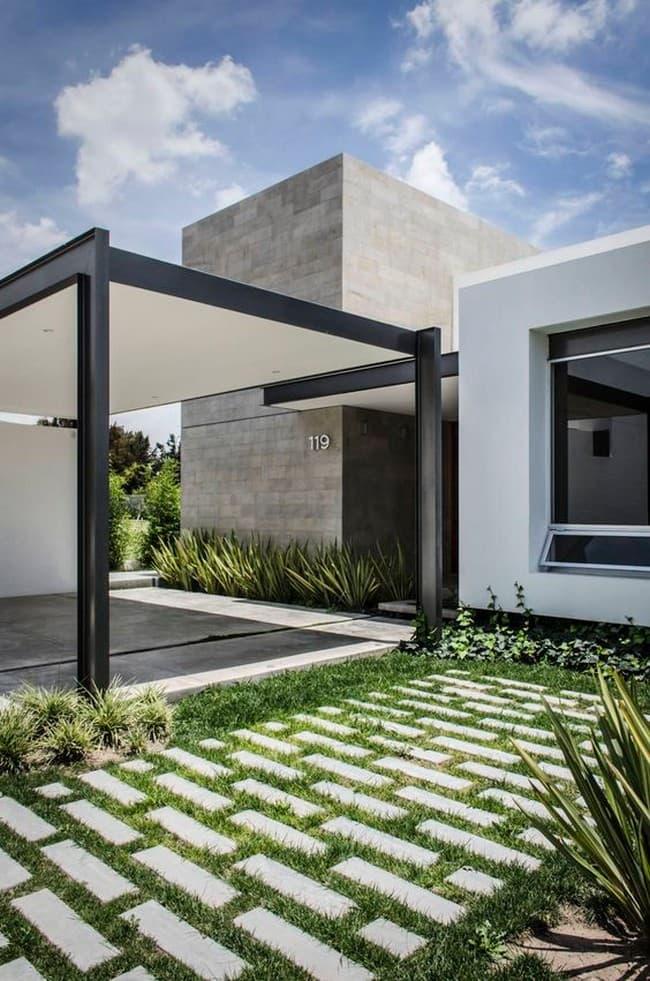 лаконичный дизайн двора