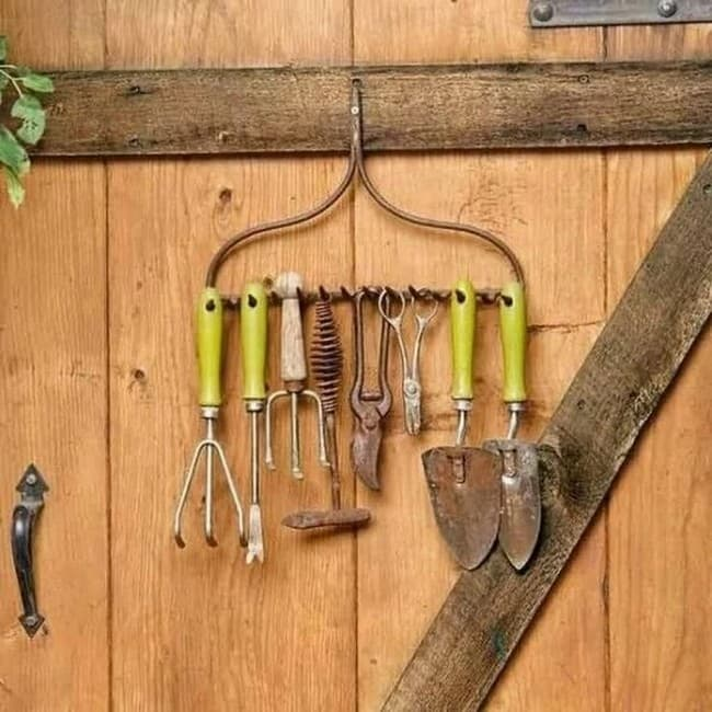поделки для огорода дачи