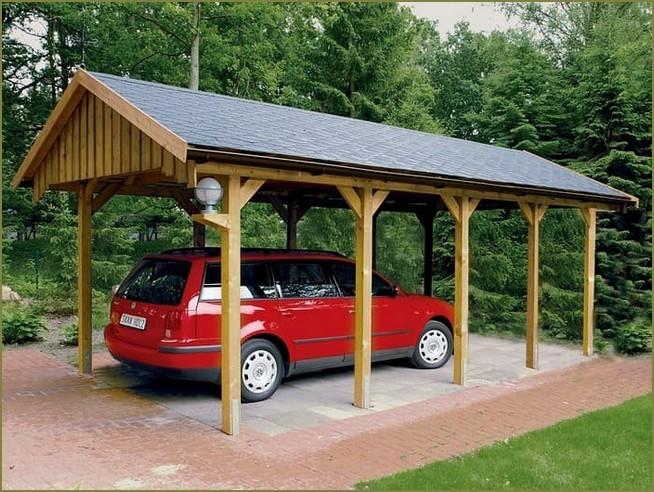 стоянка для автомобиля в загородном доме