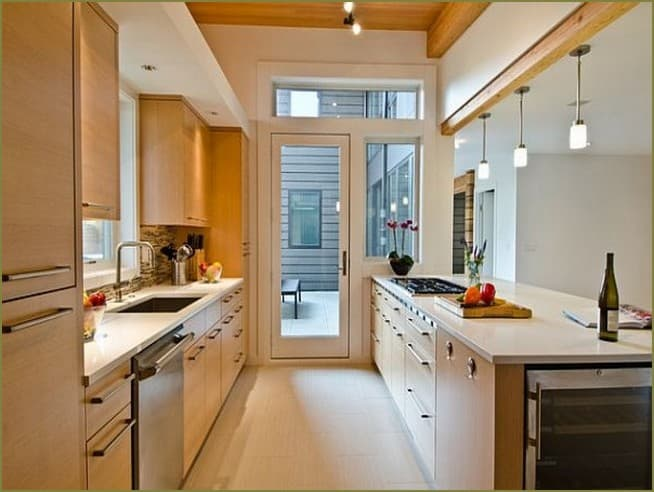 дизайн интерьер кухни дачного дома