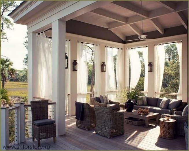 украшение шторами террасы дачного дома