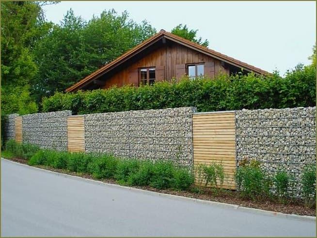 забор из габионов частного дома