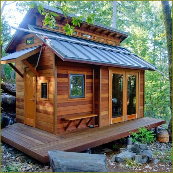 Маленький летний домик