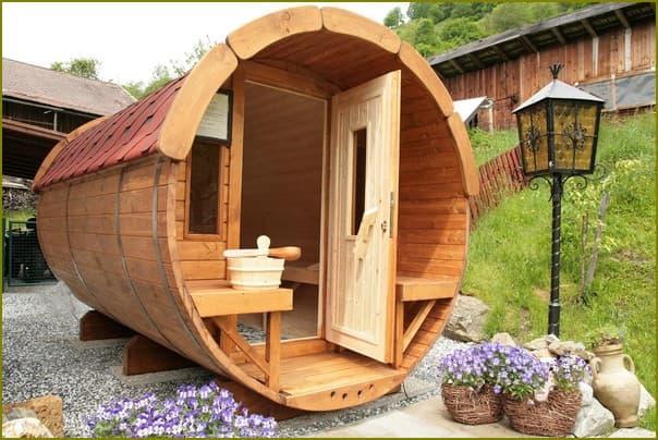 Оригинальная баня для дачи