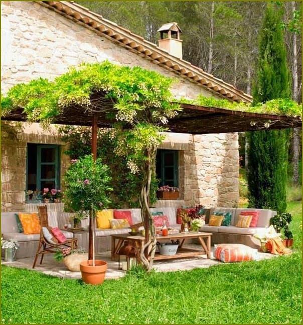 Патио и сад в Прованс стиле