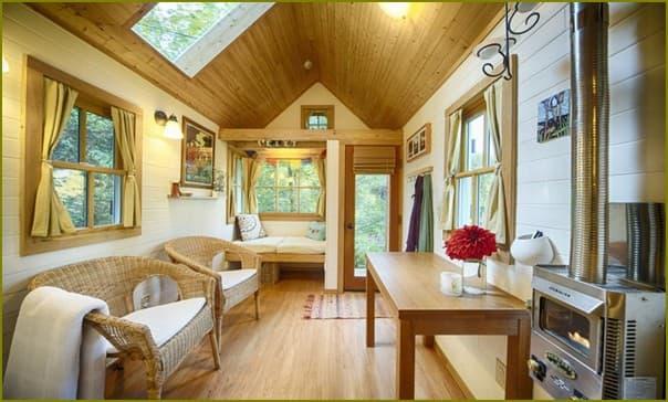 Небольшой уютный домик