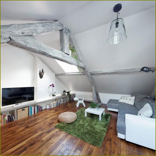 дизайн потолка в мансарде частном доме
