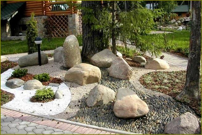 украшение участка декоративным камнем