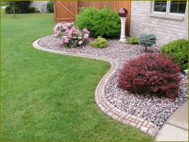 красивое преображение двора с помощью камня